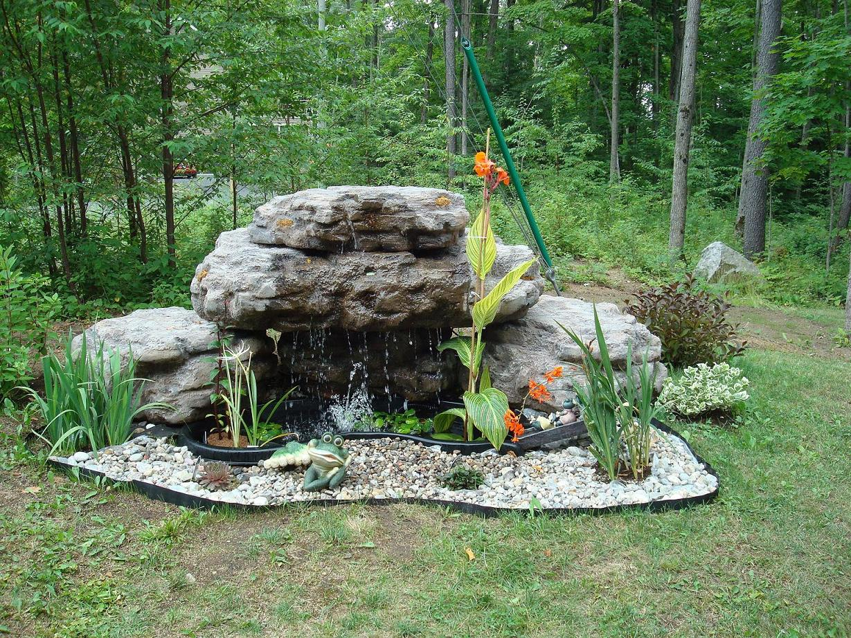 Fontaine d 39 eau copal pour piscines et cascade de bassin de for Fontaine et cascade de jardin